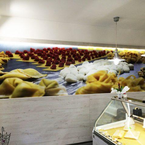 Pannellatura stampata per negozio pasta fresca
