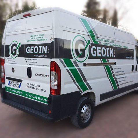 Automezzo aziendale personalizzato Geoin